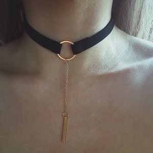 Minimalist Lariat Choker Necklace
